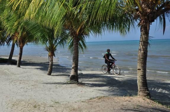 Aa Tranquilidade De Praia Em Livingston, No Litoral Caribenho Da Guatemala